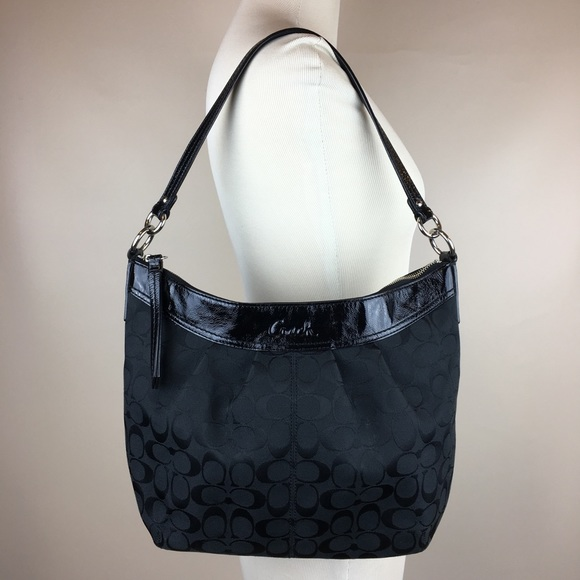 9aeecc6eea Coach Handbags - 🛍COACH Signature Jacquard Black Patent Trim Purse